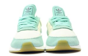 Adidas Iniki Runner мятные