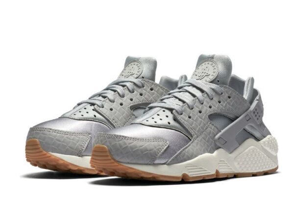 Nike Air Huarache Premium Grey серые (35-39)