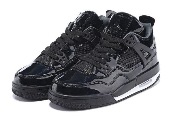 Nike Air Jordan 4 Retro глянец черные (40-45)