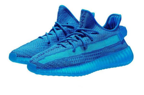 Голубые кроссовки Adidas